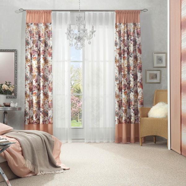 Gardinen-Deko für Ihr Schlafzimmer