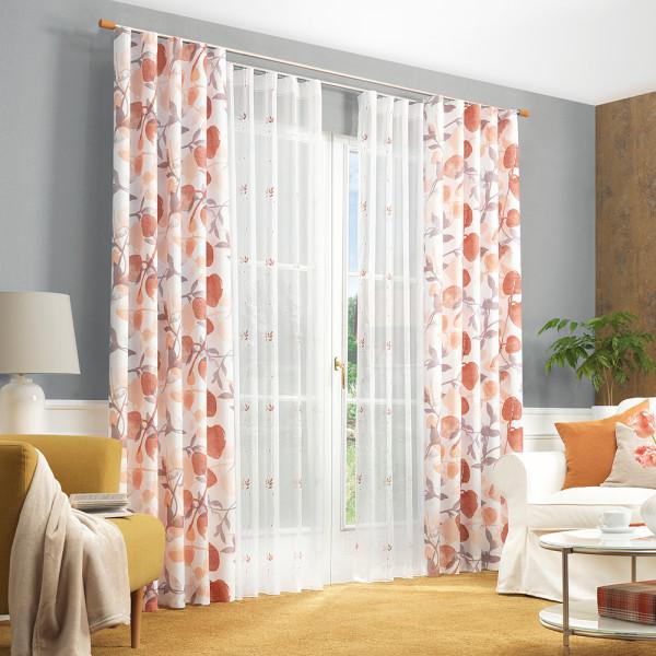 Blumige Gardine für Ihr Wohnzimmer