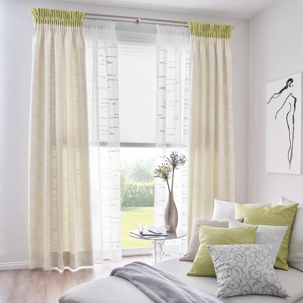 Gardine und passender Dekostoff für Ihr Wohnzimmer